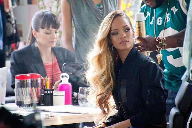Rihanna grava comercial de cerveja / Budweiser/Divulgação