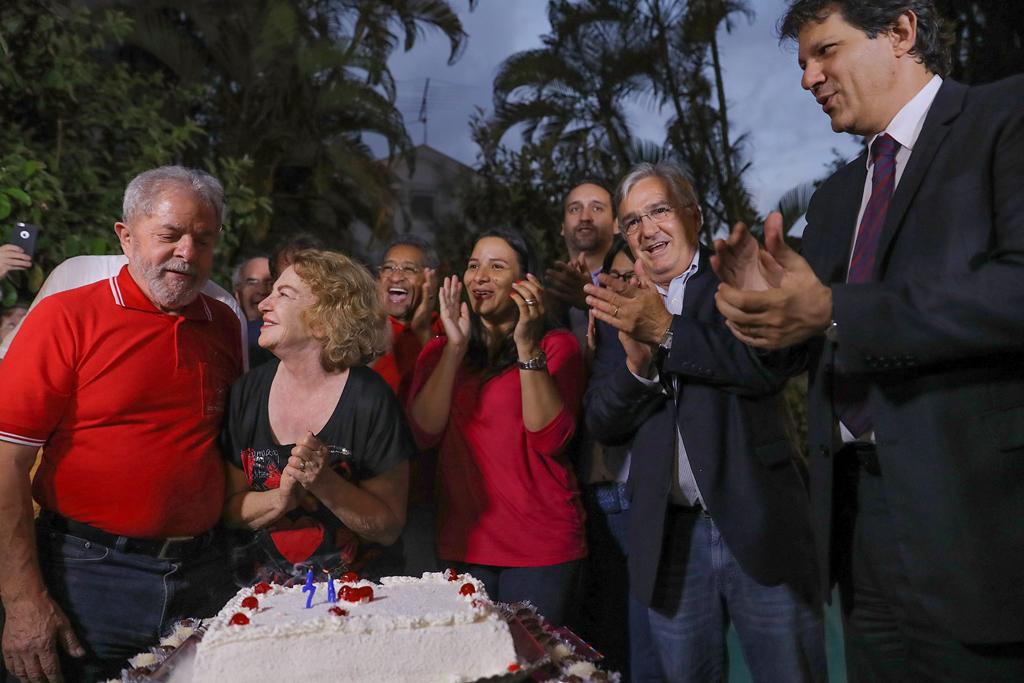 Relembre a trajetória da ex-primeira-dama Marisa Letícia
