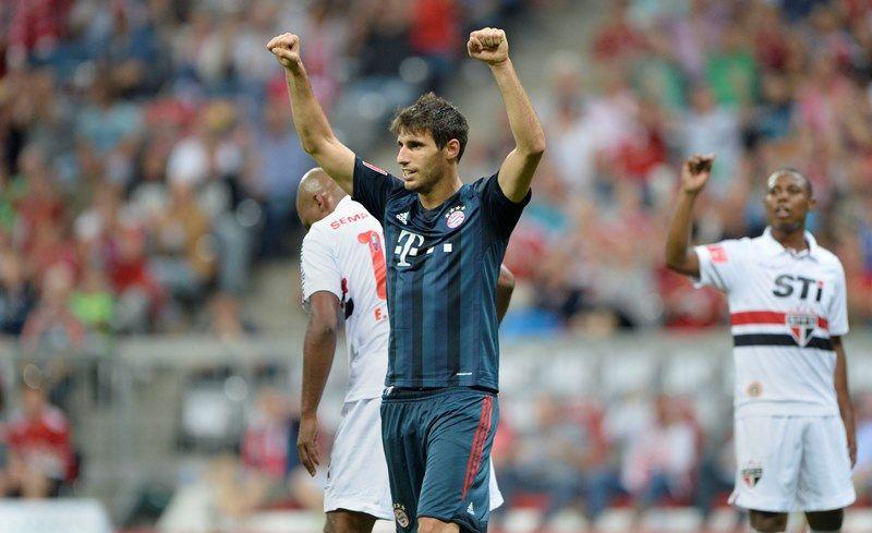 Javi Martinez comemora gol na vitória do Bayern sobre o São Paulo nesta quarta-feira / Christof Stache/AFP
