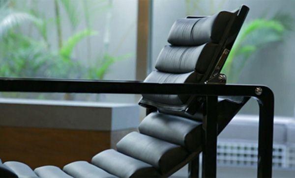 Cadeira projetada há 90 anos esbanja conforto e funcionalidade