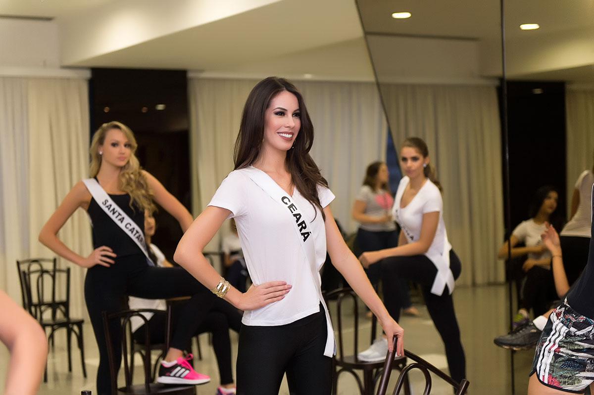 Road to Miss Brazil Universe 2015 - Rio Grande do Sul Won!! - Page 2 F_1a06f89b-795b-43e4-9969-2a07c70d79e0_LI1_0580