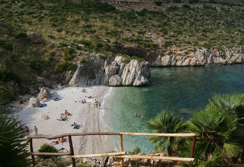 Conheça 10 praias exuberantes da Itália