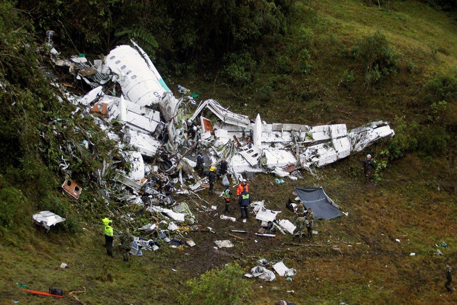 Veja imagens do acidente envolvendo avião da Chapecoense