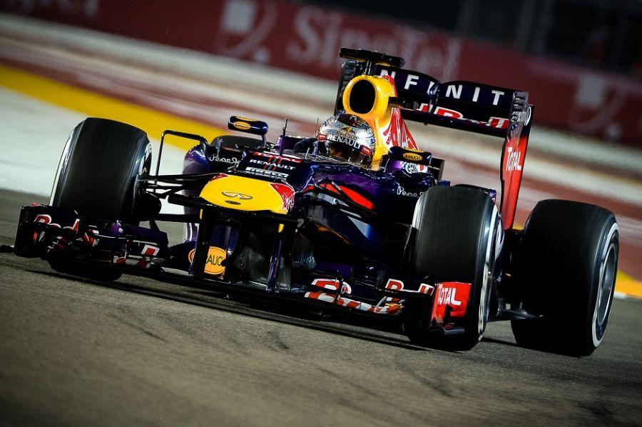 Vettel não teve dificuldades em Cingapura / Philippe Lopez/AFP
