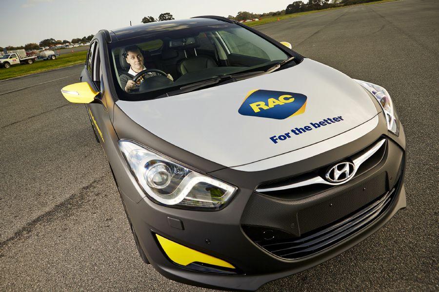 Australianos criam carro que freia quando motorista se distrai