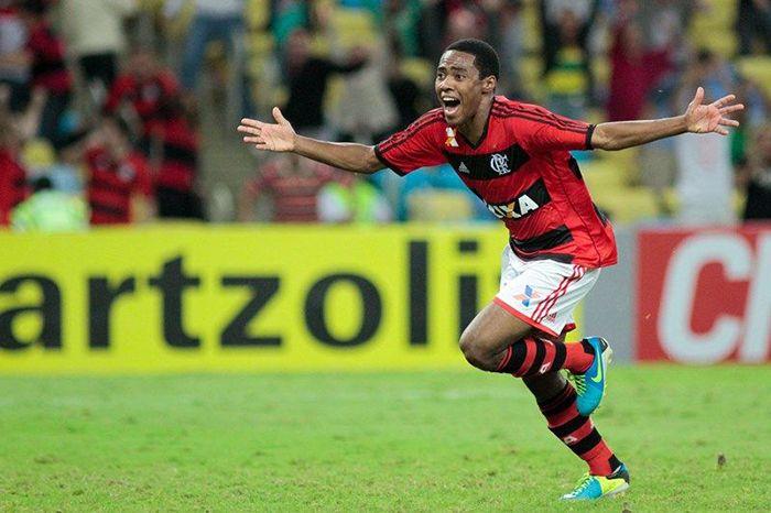 Elias marcou o gol que garantiu a virada no Maracanã / Luciano Belford / Futura Press / Folhapress