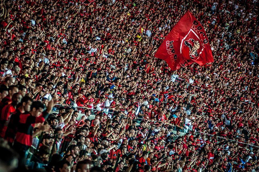 Torcida do Flamengo faz a festa no Maracanã / Alexandre Vidal e João Vitor/Fla Imagem