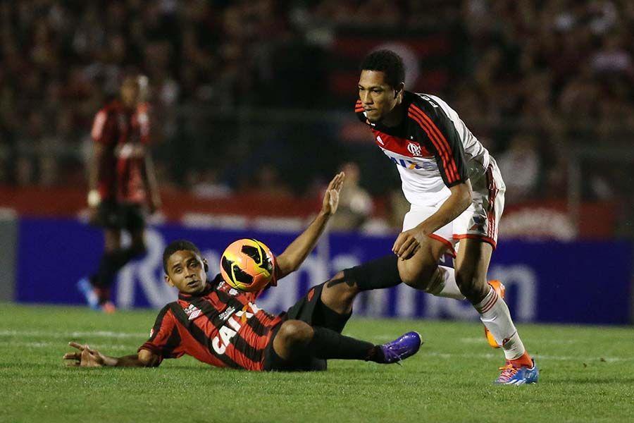 Técnico desconhece proposta do Santos por Deivid