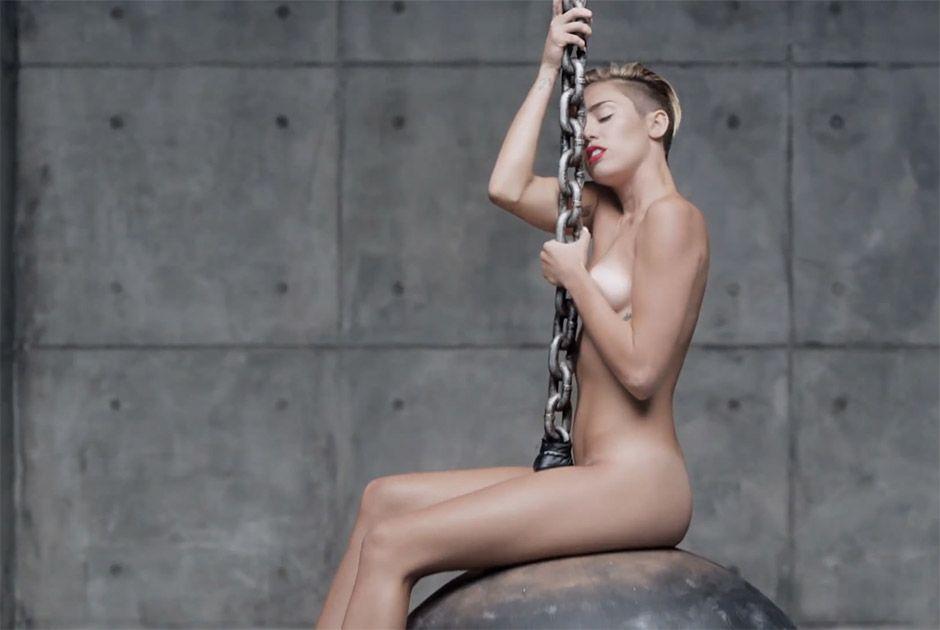 Miley Cyrus é um dos destaques do ano de 2013 / Reprodução/YouTube