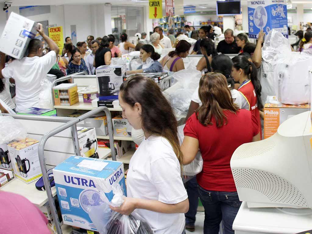 Índice de Preços ao Consumidor Semanal teve alta de 0,72% em maio / Denny Cesare/Folhapress