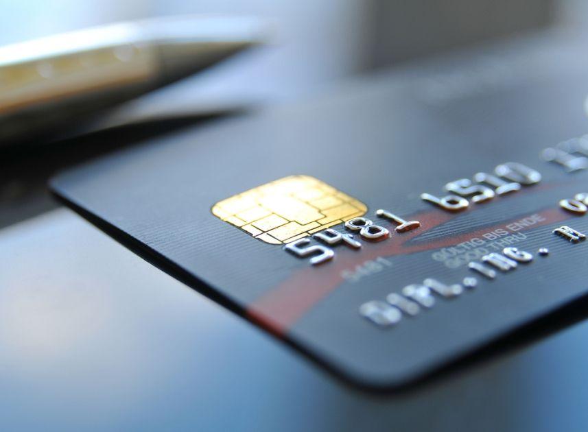 Para usar cartão de crédito, bastará uma selfie do usuário / Foto: Shutterstock