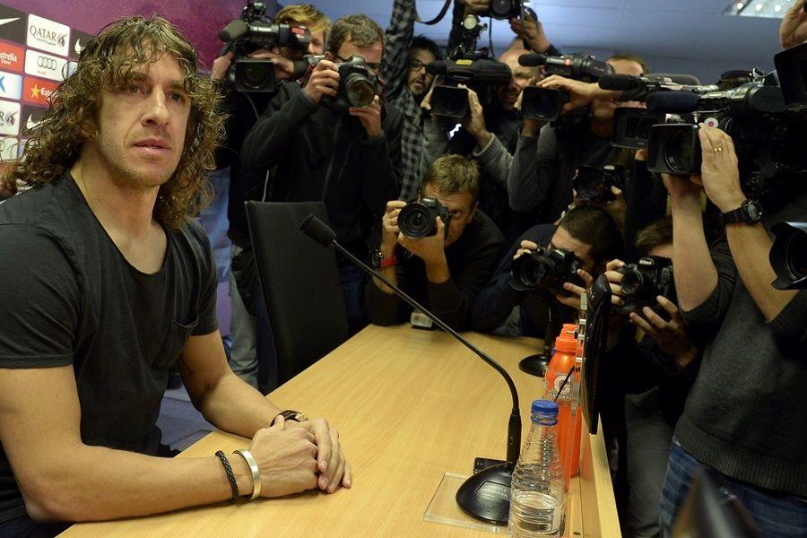 Durante pronunciamento em março deste ano, Puyol anunciou sua saída do Barça / Lluis Gene/AFP