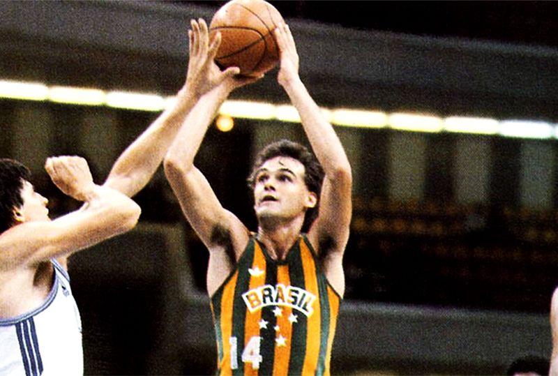 Uma lenda viva do basquete brasileiro /