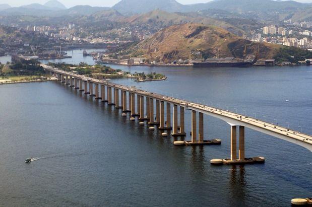 Ponte Rio-Niterói é um exemplo de obra superfaturada na época do regime