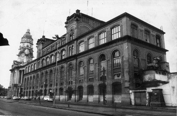 Fachada do Dops (Departamento de Ordem Política e Social), usado durante a ditadura como local de repressão