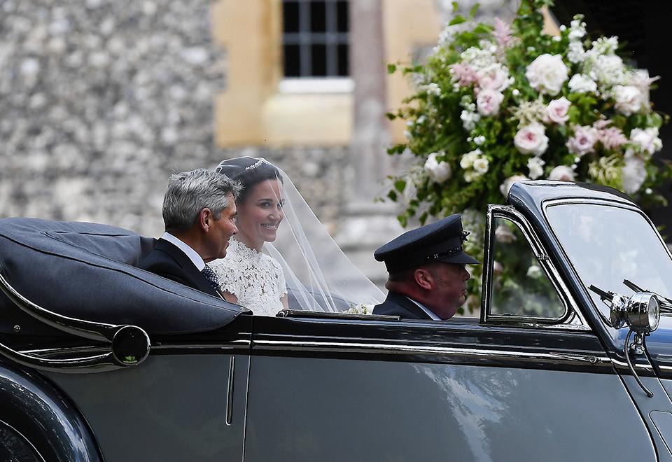 Irmã de Kate, Pippa Middleton se casa na Inglaterra