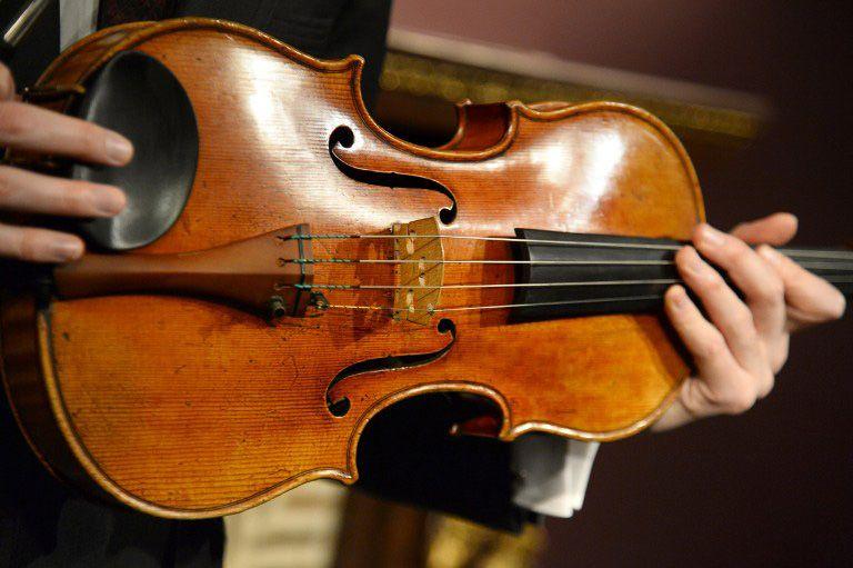 Viola Stradivarius avaliada em US$ 45 milhões vai a leilão