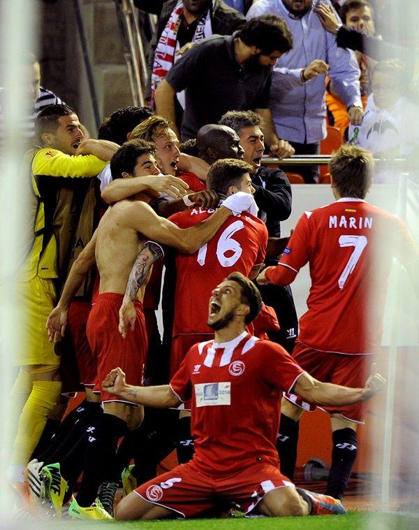 Mbia faz nos acréscimos e Sevilla está na final