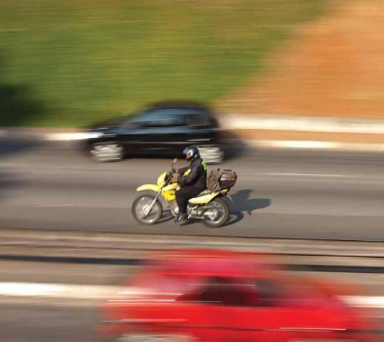 Acidentes com motos passou para mais de 18 mil este ano / Foto: André Porto/Metro