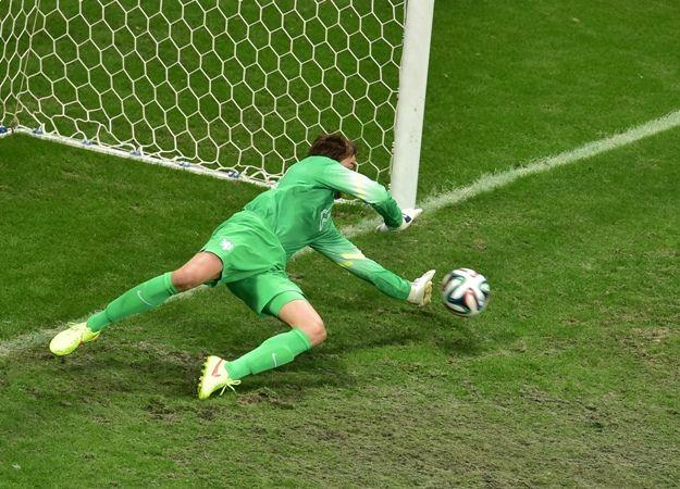 Goleiro Tim Krul defendeu duas cobranças de pênaltis para a Holanda / Gabriel Bouys/AFP