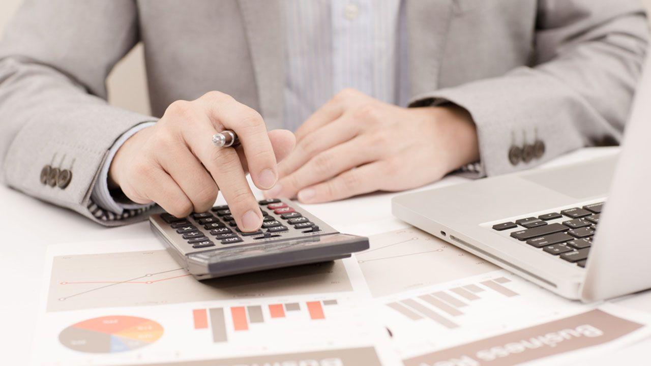 Pessimismo em relação à inflação atinge a população de forma generalizada / Shutterstock