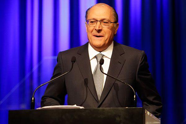 Geraldo Alckmin durante debate em S�o Paulo /  Alice Vergueiro/Futura Press/Folhapress