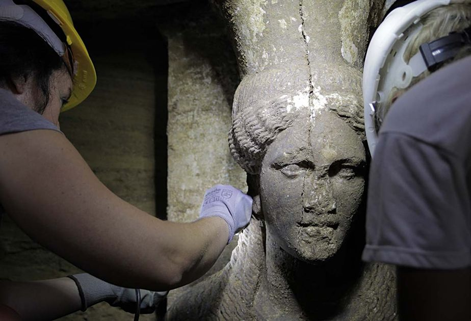 Estátua de 9 mil anos teria mensagens codificadas - Notícias - Mundo - Band.com.br