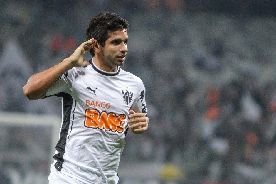 Guilherme marcou dois gols na grande vitória do Galo / Bruno Cantini