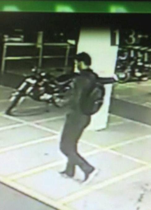 O suspeito em vídeo de vigilância / Reprodução/Band