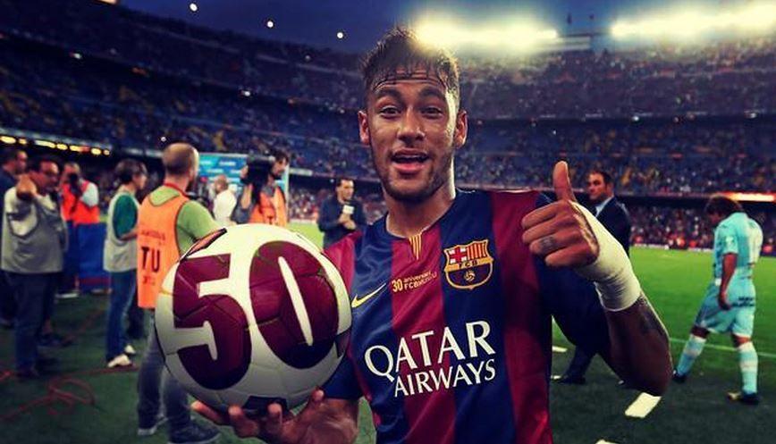 Neymar recebeu bola com o número 50 estampado / Reprodução Twitter