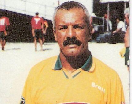 Júnior defendeu a Seleção entre 1993 e 2001 / Reprodução