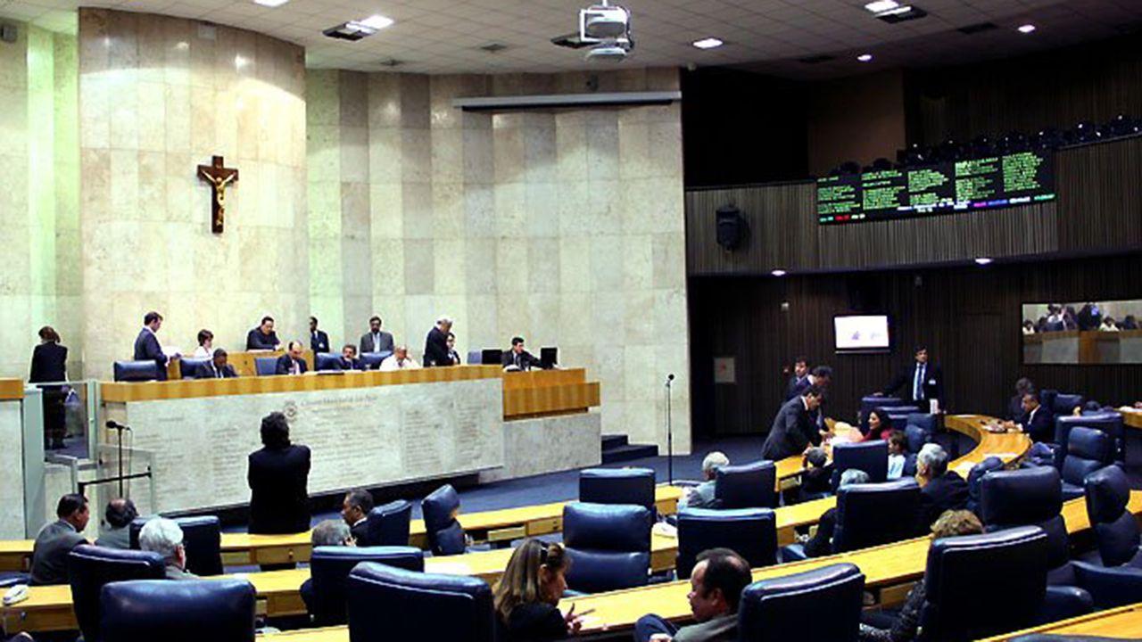 Fim dos 'supersalários' trará economia de R$ 20 milhões a SP