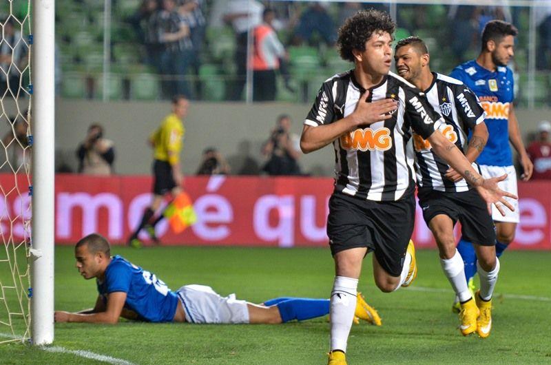 Luan abriu o placar para o Atlético-MG contra o Cruzeiro / Daniel Oliveira /Fotoarena/Folhapress