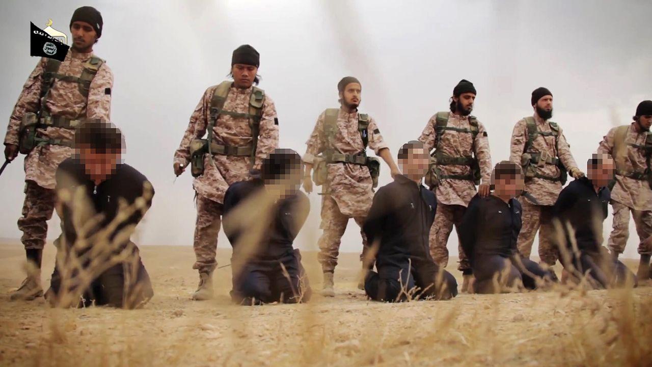 Grupo terrorista é conhecido por sua violência / Al-Furqan Media/AFP