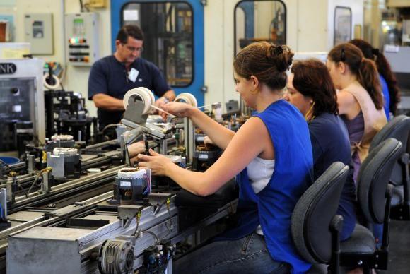 Indústria tem queda de 7,1% de janeiro a novembro