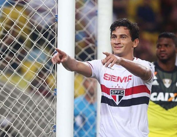 Flamengo tenta a contrata��o de Ganso, diz Band SP