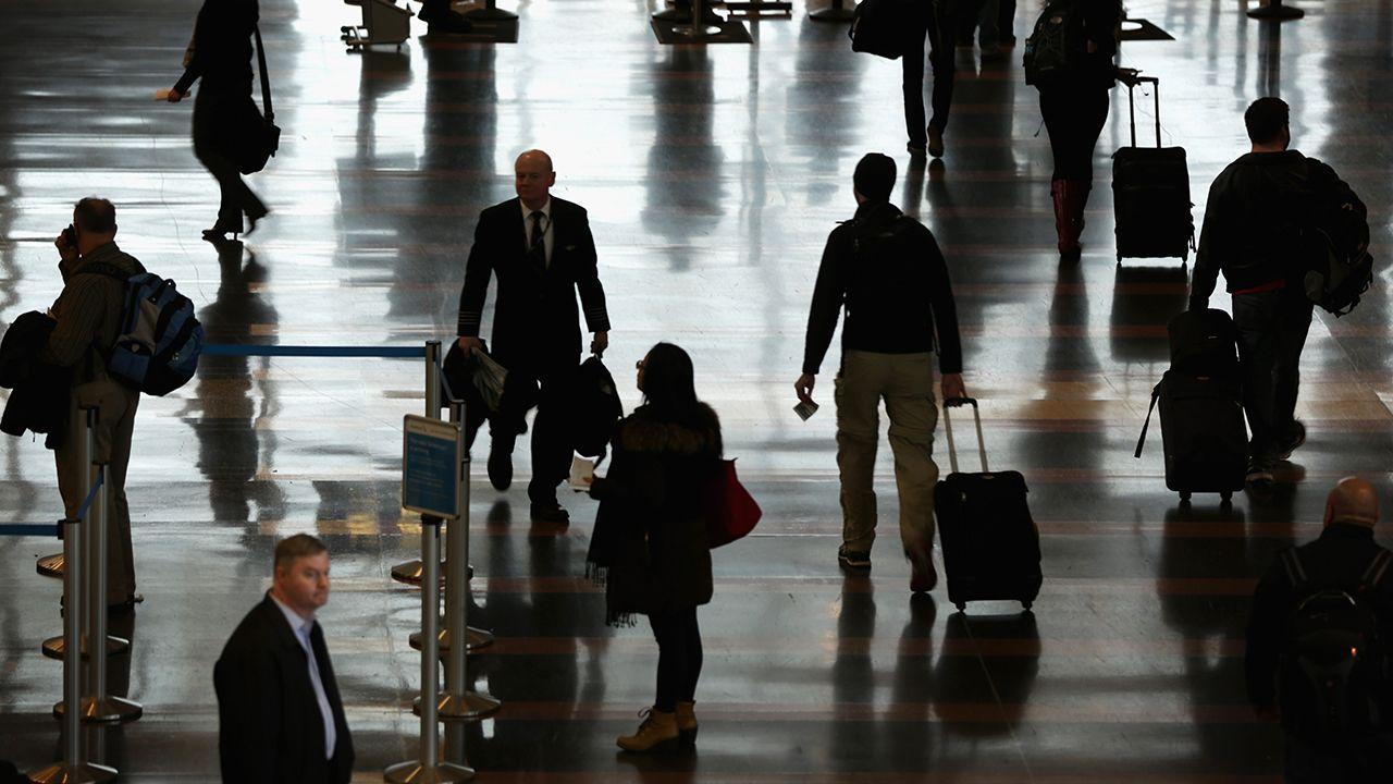 Notícia chega num momento de grande tensão no país por causa de recentes ameaças de bombas / Alex Wong/Getty Images/AFP