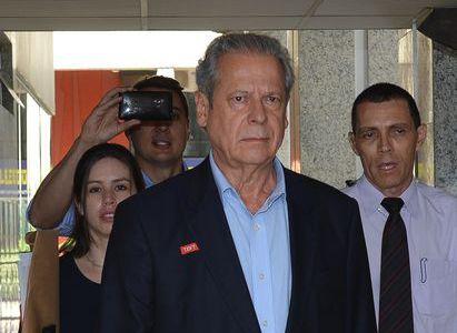 José Dirceu nega qualquer irregularidade / Fabio Rodrigues Pozzebom/ABr