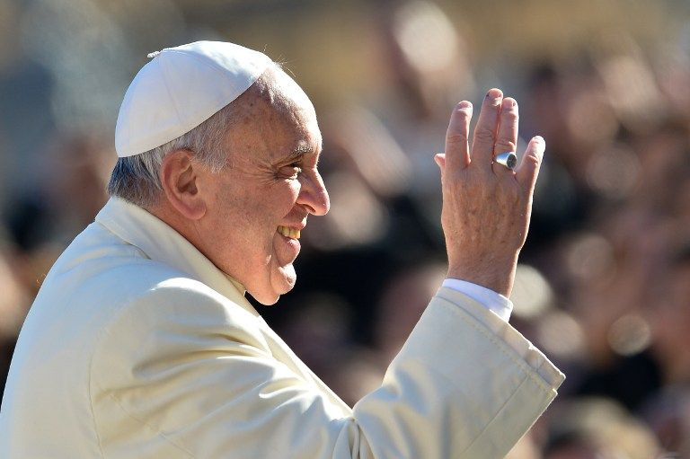 Papa Francisco diz que não existe vida perfeita / Alberto Pizzoli / AFP