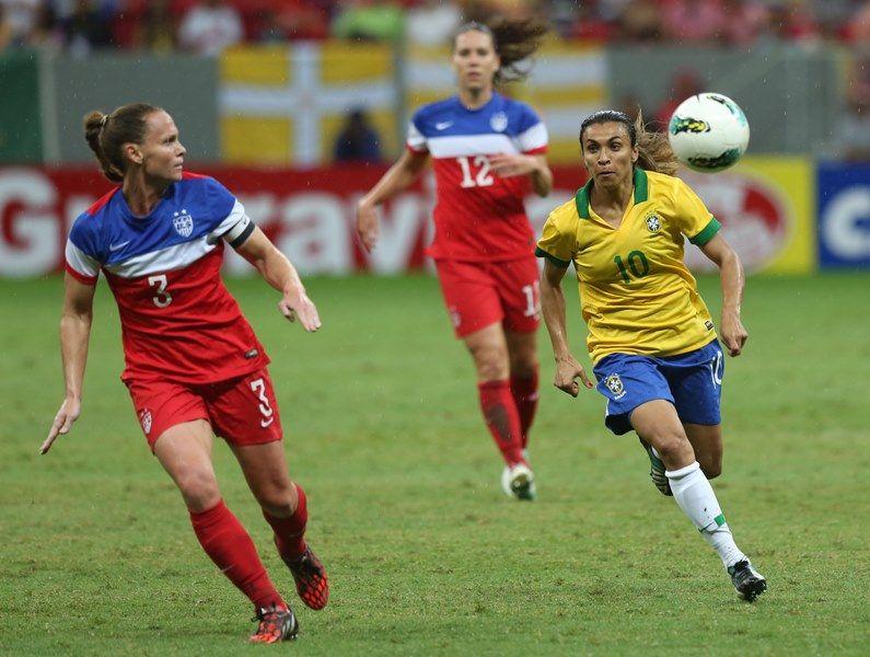 O Brasil, de Marta, empatou com EUA, e foi campeão / Bruno Domingos/Mowa Press