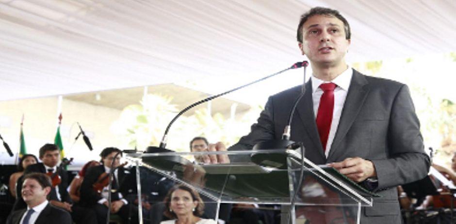 Camilo Santana assina decreto com política do uso de água e energia / José Wagner/Governo do Ceará