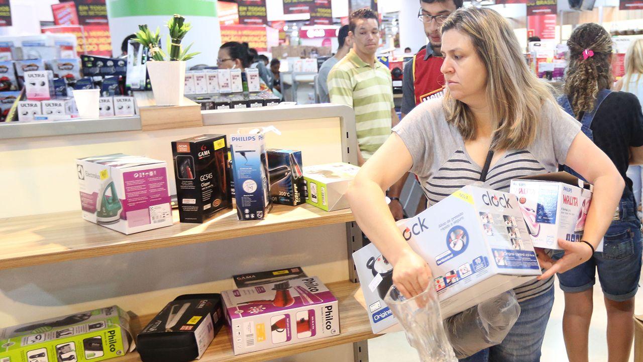Avaliação ruim da situação financeira familiar está associada à piora do mercado de trabalho / Brazil Photo Press/Folhapress