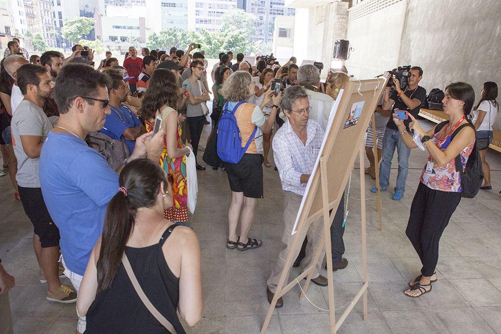 Cartunistas prestam homenagem a colegas franceses em São Paulo / Vilmar Bannach/Folhapress