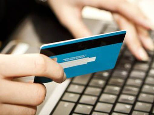 Cliente tinha todos os seus dados disponibilizados depois que inseria o cartão nas máquinas fraudadas / Reprodução