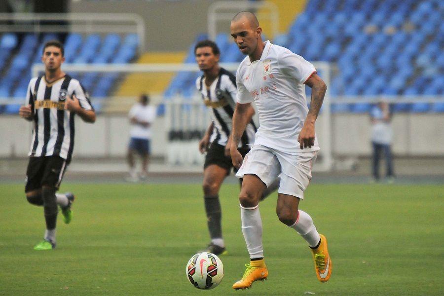 Tardelli estreia e time chinês bate Botafogo - Band.com.br fad65ef32020b