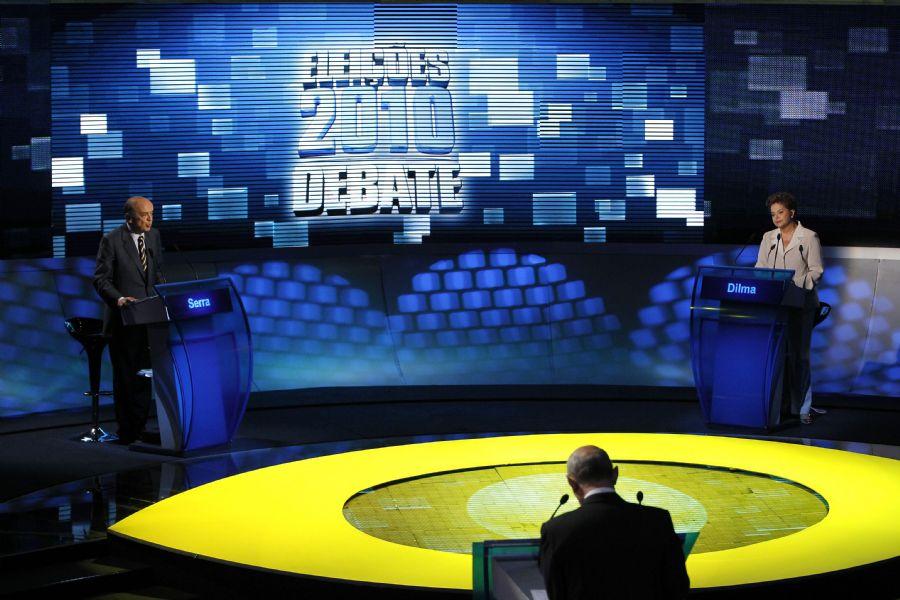 Dilma Rousseff (PT) e José Serra (PSDB) adotaram uma postura mais franca em relação aos embates realizados no primeiro turno