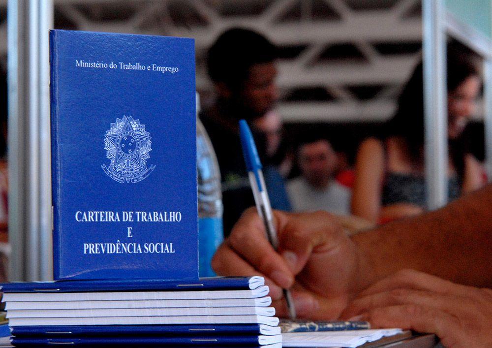 Taxa de desemprego volta a crescer no Brasil