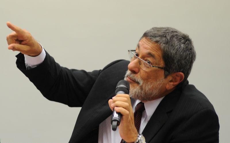 José Sérgio Gabrielli, ex-presidente da Petrobras, foi indicado para depor / Fabio Rodrigues Pozzebom/Agência Brasil