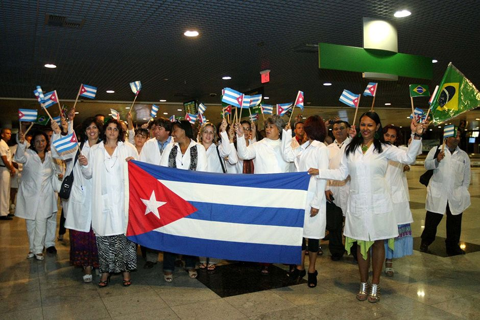Desembarque de médicos cubanos no Recife  / Futura Press/Folhapress