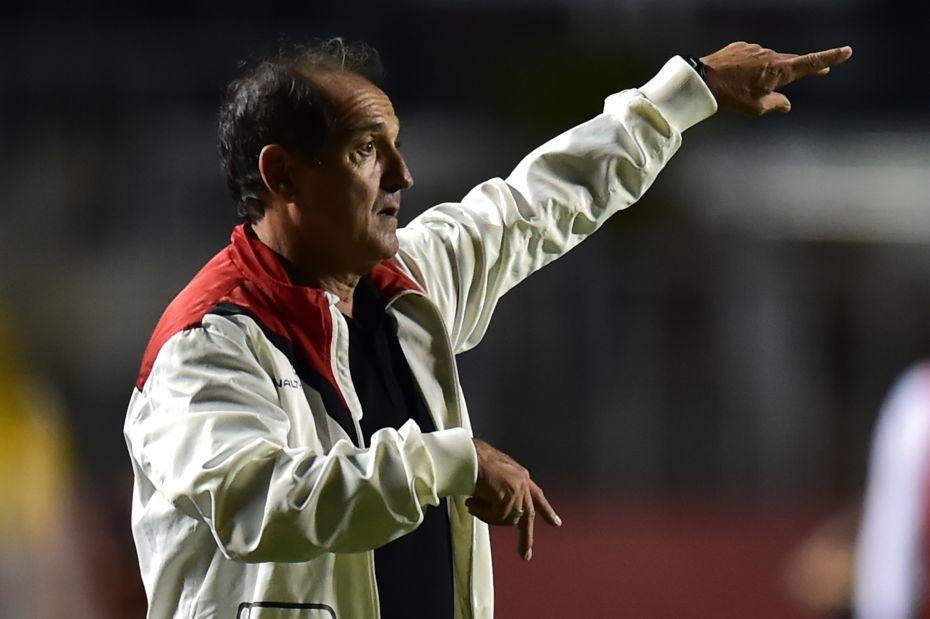 Muricy Ramalho admite: Me convenceram a ficar